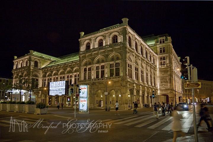 Vienna OperaHouse 3242 Lres