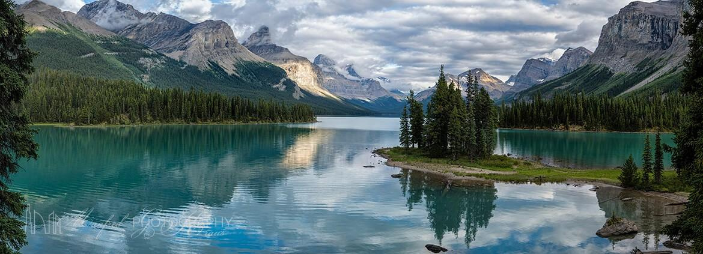 Maligne Lake Mirrored MM421A