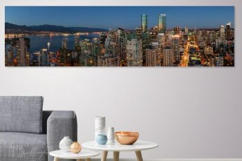 Vancouver Twilight Robson VR422A Room View
