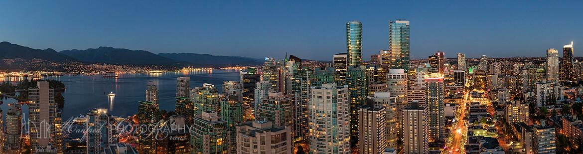 Vancouver Twilight Robson VR422A