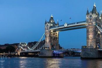 London Bridge Twilight LB222A