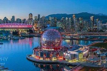 Vancouver Science World Twilight VT235A