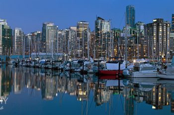 CoalHarbour_full_Moon_CH084A_ws
