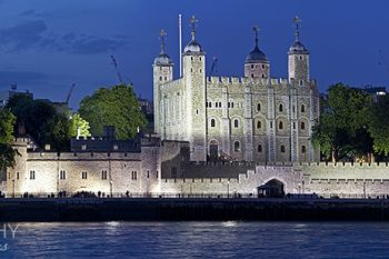 London_Tower_LT166A_ws